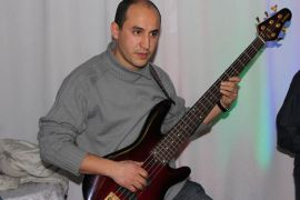 20110122-DjamelLahlou_Lancement_CD_0279_Bassiste